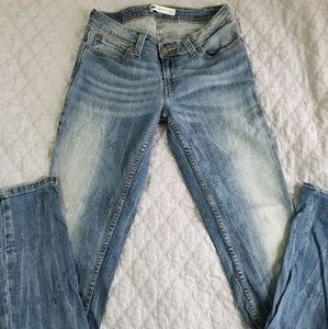 Levis Low Rise Skinny Jeans